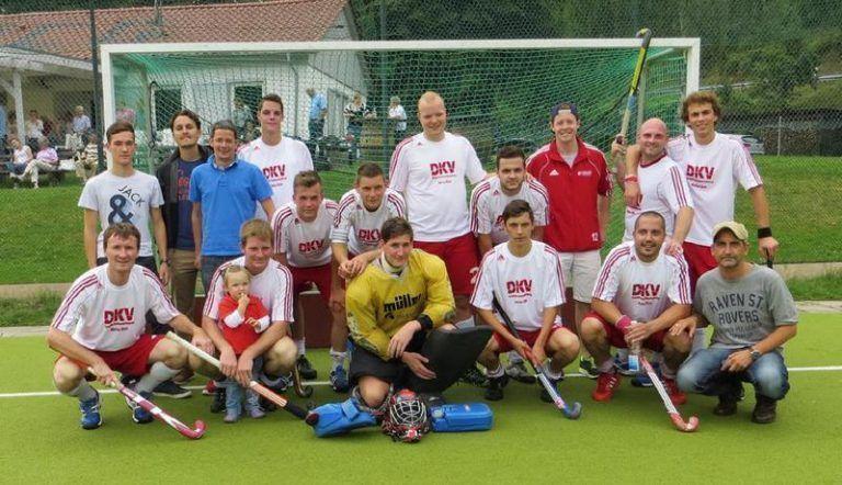Hockey Mannschaft Gruppenbild Feld